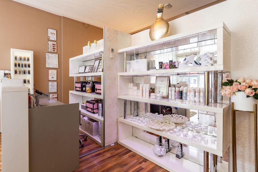 Beautyna-Salon-Theke-2